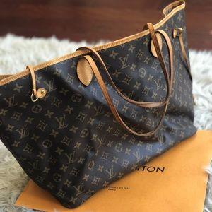 Authentic Louis Vuitton neverfull GM handbag.